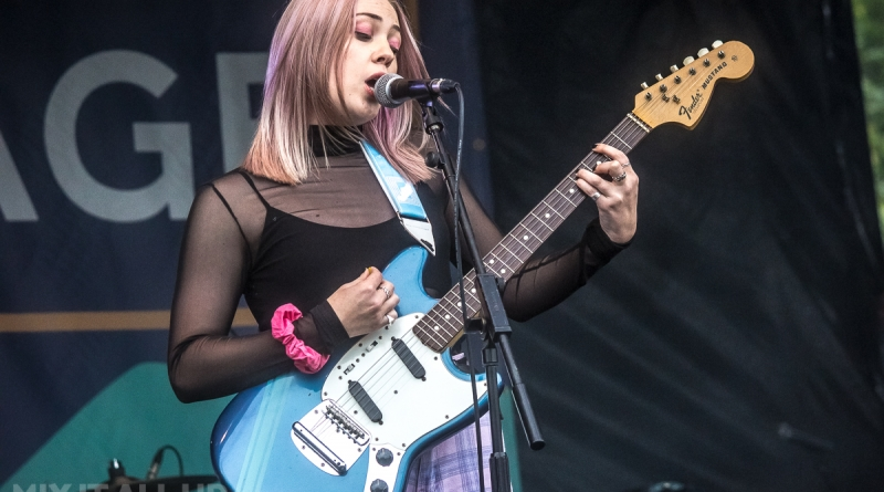 Lauran Hibberd live at Winchestival 2019