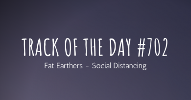 Fat Earthers - Social Distancing